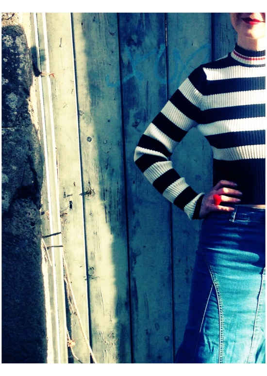 Monochrome stripe 50's style sweater .